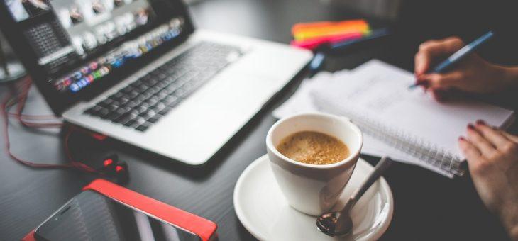 Kawa i jej wpływ na produktywność umysłową.